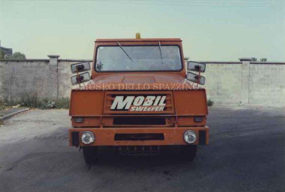 Automezzo 045
