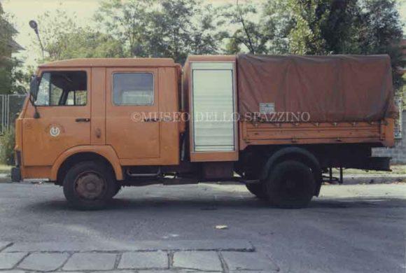Automezzo 052
